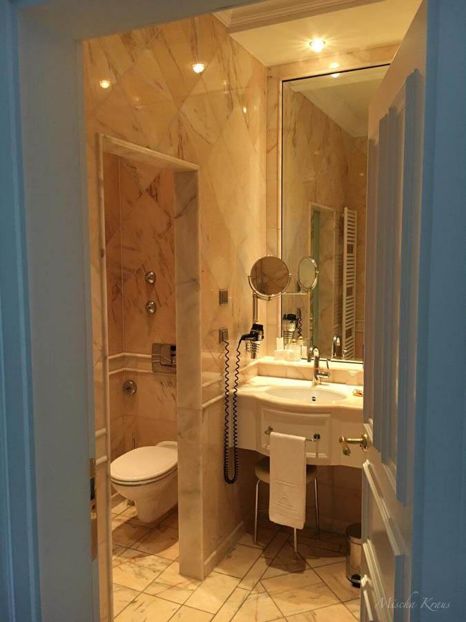 Schön Schloss Bensberg Zimmer Badezimmer WC
